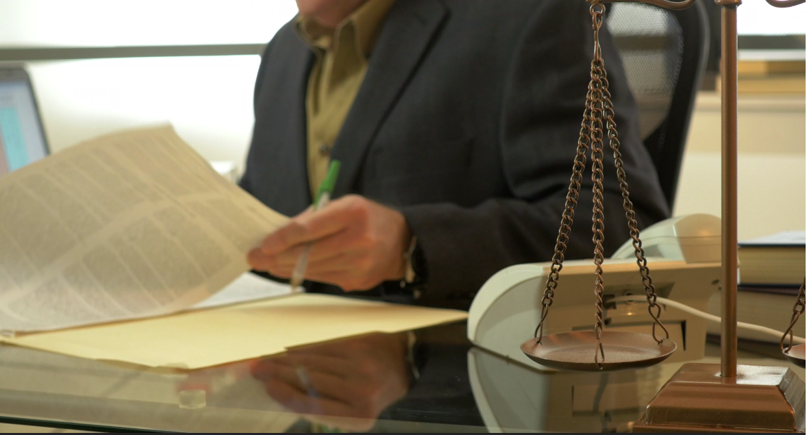 5 things to look for when hiring a Lawyer.
